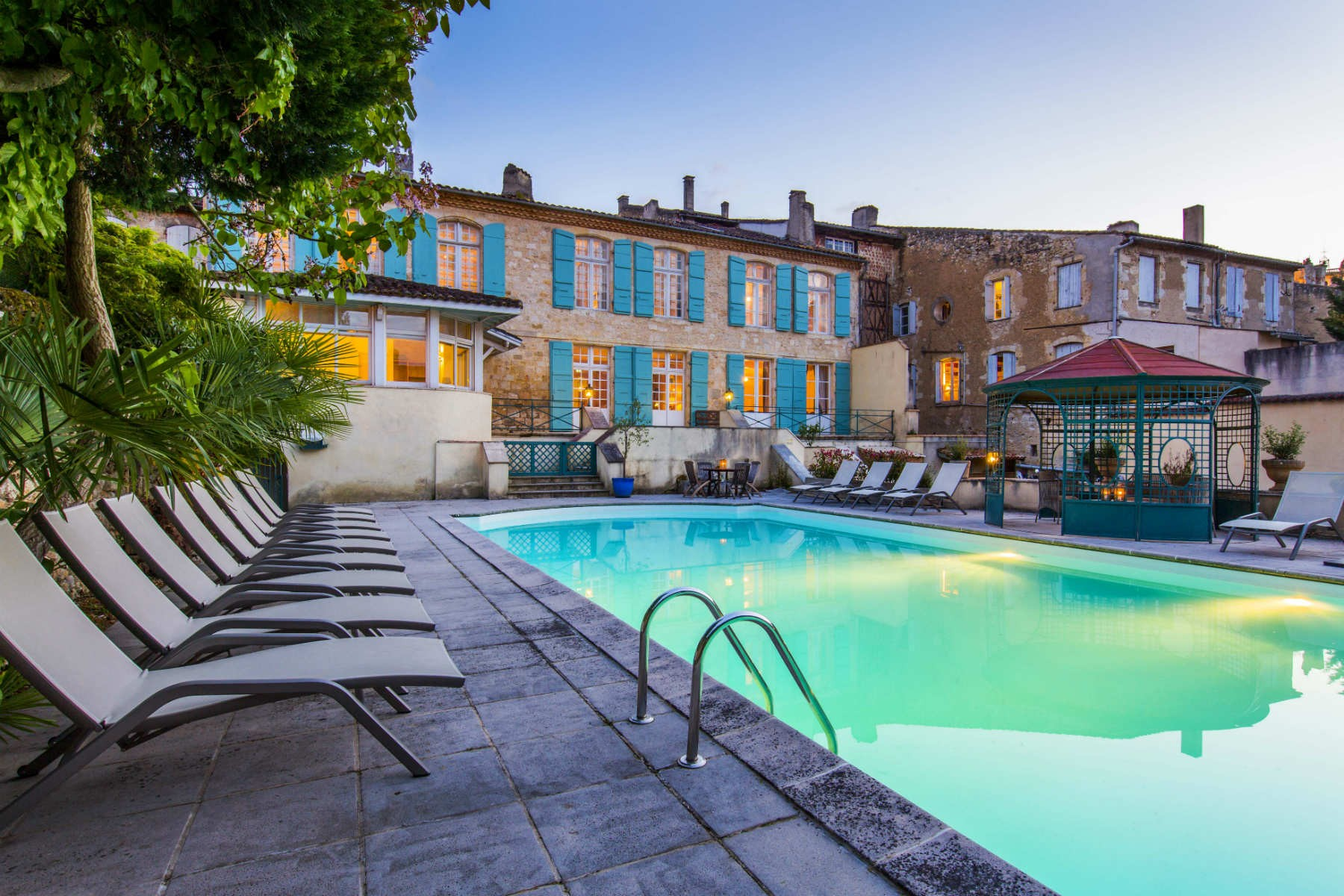 Beaux villages immobilier south west france beautiful for Village vacances gers avec piscine