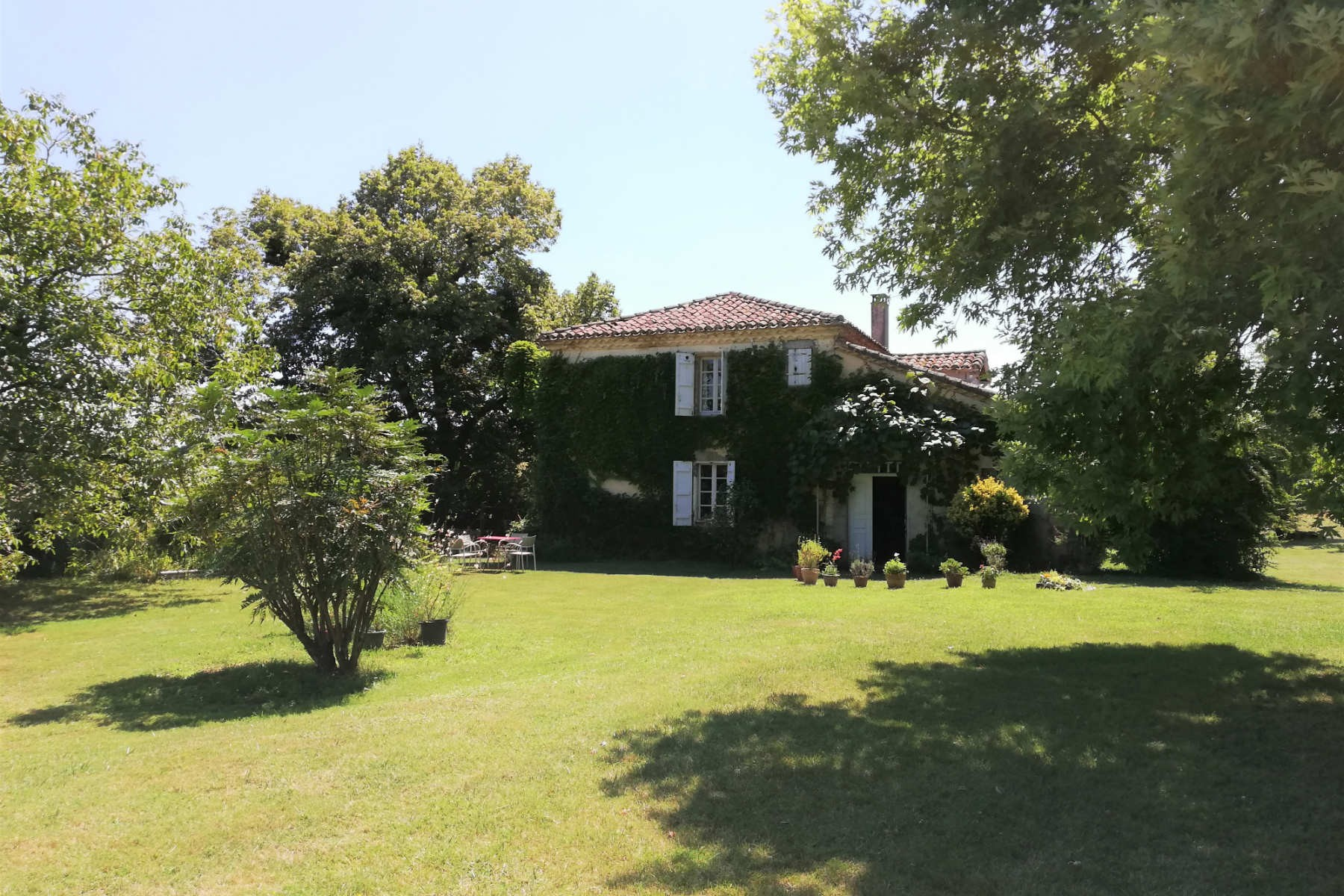Gascon Country Home On 30 Ha Of Land